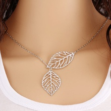 Women's Trendy Hollow Out Leaves Necklace