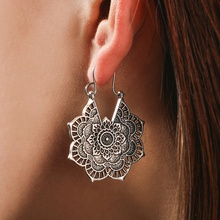 Bohemia Folk-custom Hollow out Floral Earrings