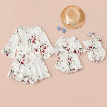 Floral Print Mid-sleeve Matching White Shorts Rompers