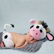 2-piece Cow Design Newborn Baby Photography Props Hat and Bottom Set