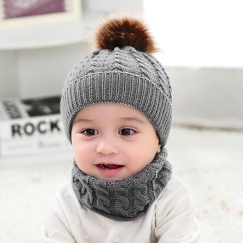 2-piece Baby Pompon Solid Hat and Scarf Set