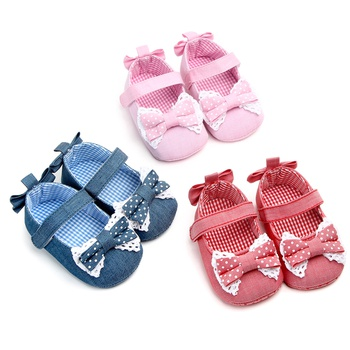 Baby / Toddler Polka Dots Bowknot Velcro Closure Prewalker Shoes