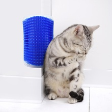 Cat Scratching Itching Comb With Brush On Corner