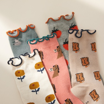 Baby / Toddler / Kid Flounced Cartoon Print Middle Socks