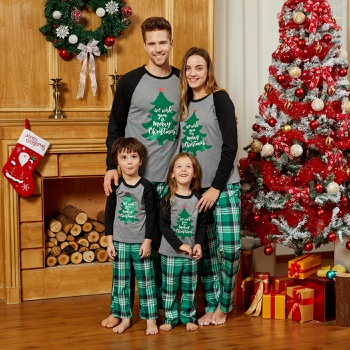 Mosaic Family Matching Merry Christmas Pajamas Sets(Flame resistant)