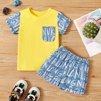 2-piece Toddler Boy Letter Print Tee and Shorts Set