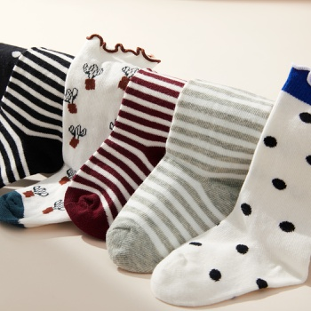 Baby / Toddler / Kid Flounced Striped Polka Dots Middle Socks