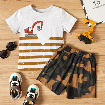 2-piece Toddler Boy Striped Tee and Camouflage Shorts Set