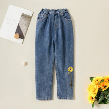 Stylish Daisy Embroidered Denim Elasticized Jeans