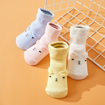 4-pack Baby Cartoon Breathable Middle Socks
