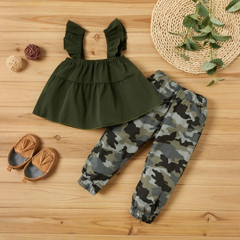 Baby Girl Solid Tank Top and Camouflage Pants Set (No Shoes )